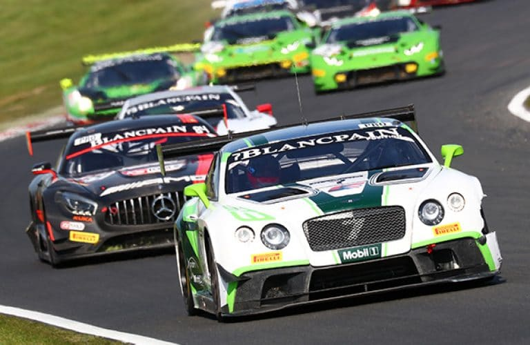 Win tickets to Supercar Racing @ Brands Hatch